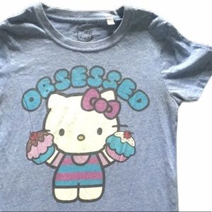 Hello kitty cupcake obsessed T-shirt size small